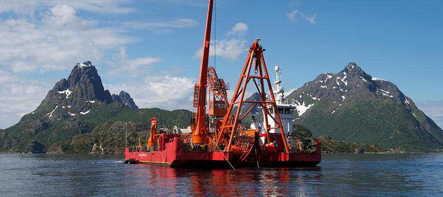 Sjøkabel (kraft/fiber)